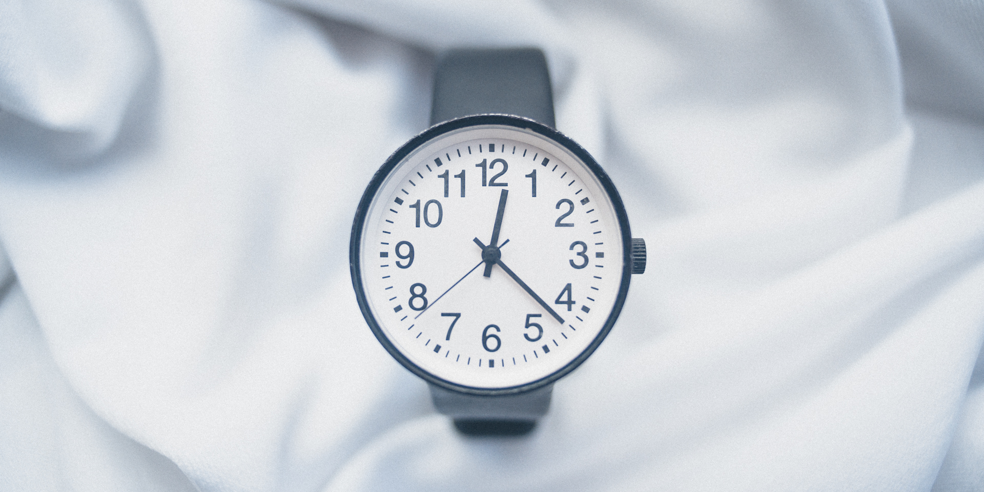 Muji Round Face Watch (5)