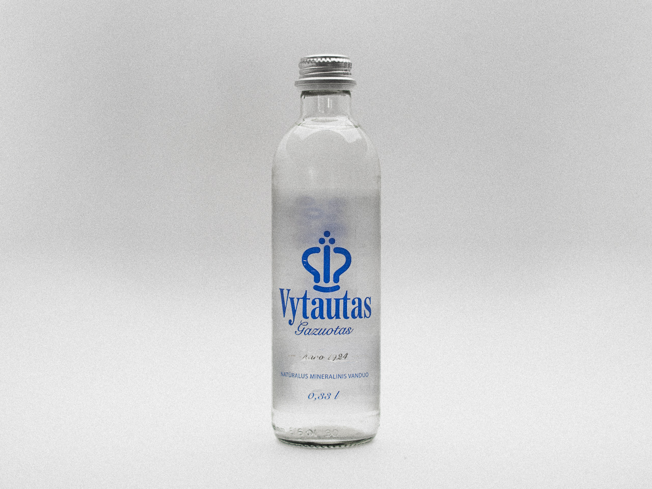Bottled waterd design detailist (1)